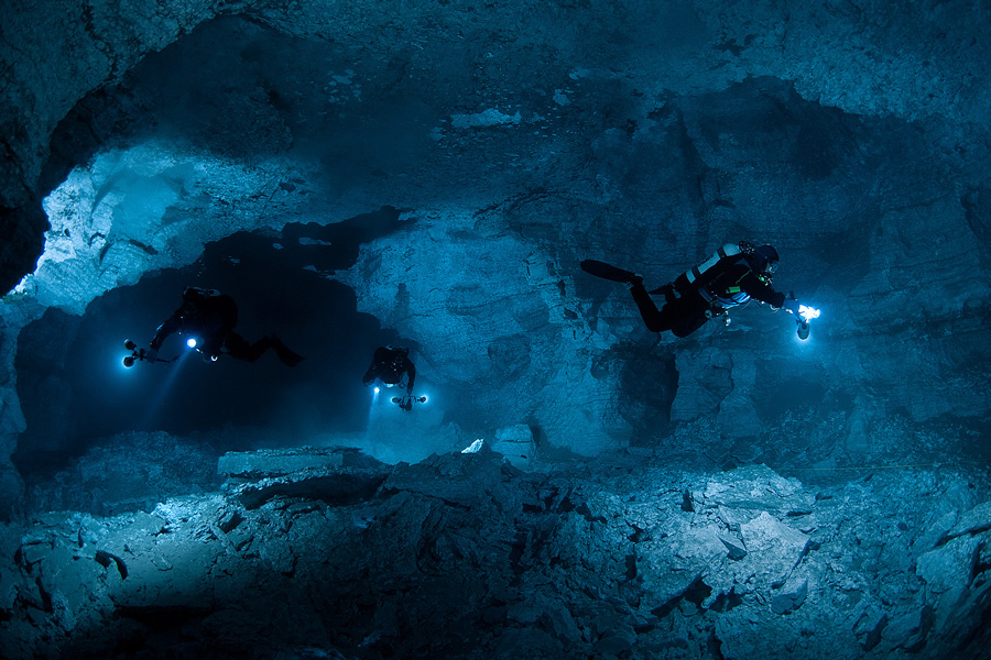Full range of cave diving courses (it is necessary to book the course in advance)